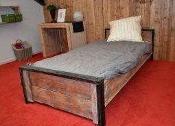 steigerhouten-bed-groningen-02