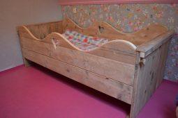 steigerhouten-bed-hengelo-01