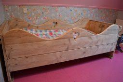 steigerhouten-bed-hengelo-02